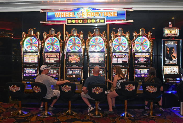 Wheel of fortune slot machine is what you really need for winning